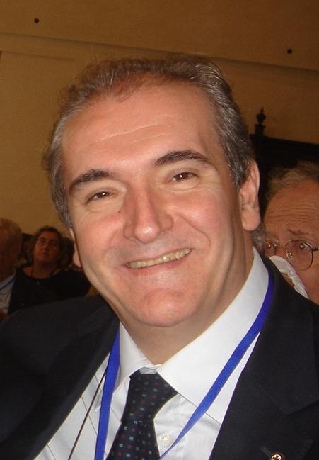 Mario Ascolese, in collaborazione con il Dipartimento di Medicina e Chirurgia dell'Ateneo di Salerno diretto dal Prof. Mario Capunzo e l'Ordine dei Medici e ... - foto_dr_ascolese1