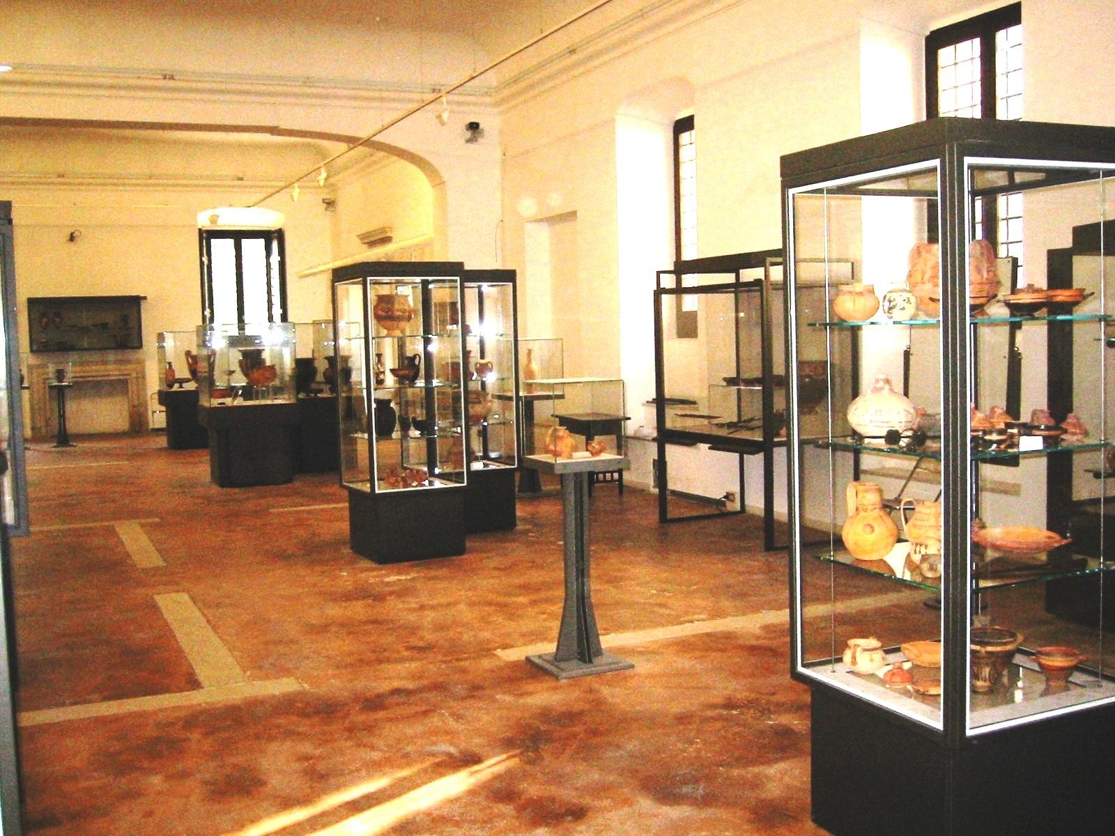 Risultati immagini per Museo Archeologico di Pontecagnano
