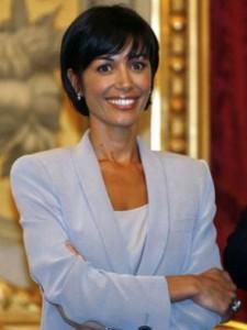 Ministro Carfagna contro pubblicità offensiva per le donne