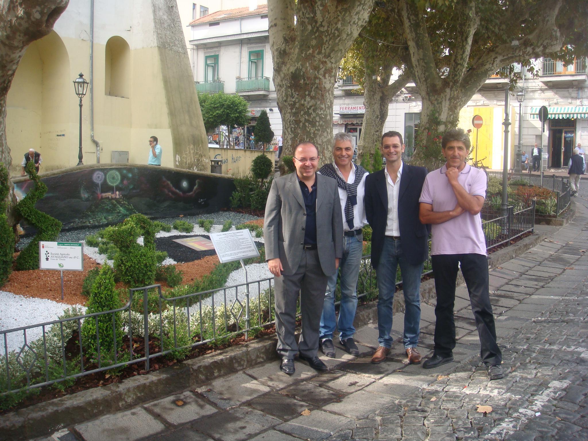 Ufficio Verde Pubblico Salerno : Cava de tirreni: aiuole in largo bonifacio ix dentro salerno l