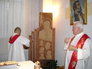 Salerno: scultura di Cibelli per Guido Maria Conforti ai Saveriani