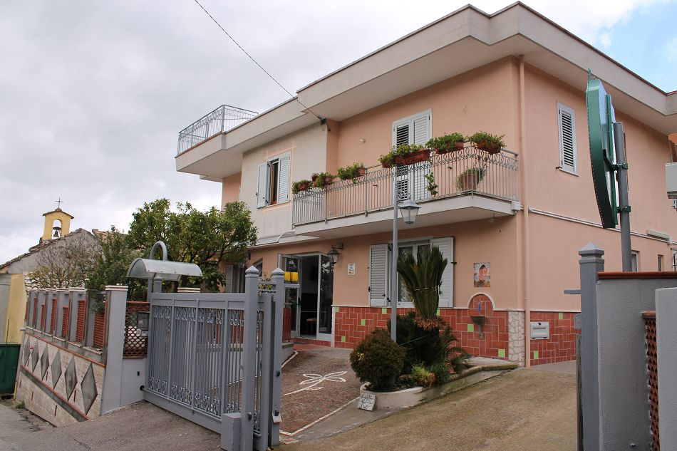 Fisciano carpineto inaugurata villa san michele prima for Casa alloggio