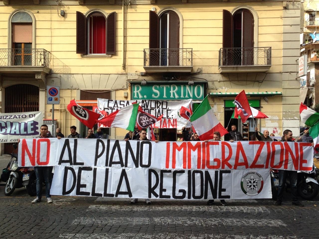 Napoli casapound no a piano immigrazione regionale e - Regione campania piano casa ...